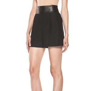 [DVF] Dawn Leather Shorts in Black